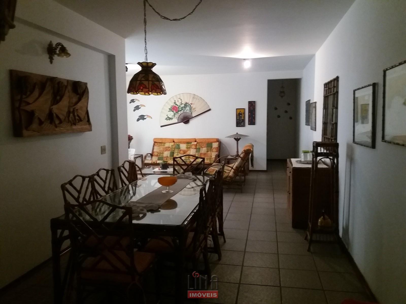 Apto 3 dorms, 127m², 300m da praia Enseada, Gjá