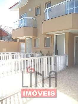 Casa nova, 2 suítes, boa localização, Enseada