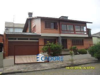 Casa / B. Cinquentenario com 370m2. !