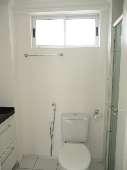 11) Suíte 1 - WC - Blindex