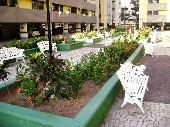 29) Praça - Jardins