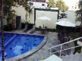 23) piscina