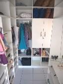 10) Suíte 1 - Closet Projetado
