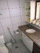 15) Suíte 2 - WC - Armários