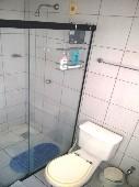16) Suíte 2 - WC - Blindex