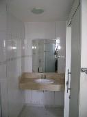 12) Suíte 1 - WC - Pia Mármore