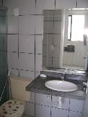 17) Suíte 2 - WC - Blindex