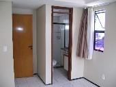 14) Suíte 1 (acesso WC)