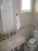 18) Suíte 4 - WC (Reversível)