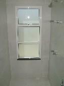 13) Suíte 1 - WC - Box