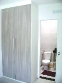 17) Suíte 2 - Armário - WC