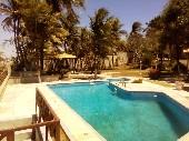 30) piscina e jardim