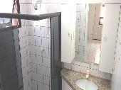 19) Suíte - WC - Armários