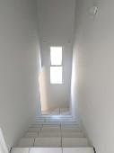 07) Escada (acesso Pavi/to Superior)