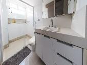 12) Banheiro suite casal