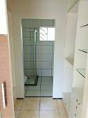 10) Suíte 1 - Closet - WC Blindex