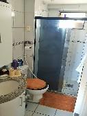 12) Suíte - WC - Blindex - Armários