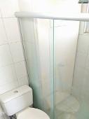 12) Suíte - WC - Blindex.jpg
