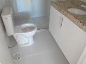 10) Suíte 1/WC/Blindex-Armário