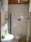 11) Suíte 1 - WC