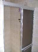12) Suíte 1 - WC - Box