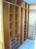 13) Suíte 1 - Closet Projetado