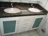 15) Suíte 1 - WC - Armários