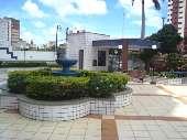 26) Praça - Jardim - Chafariz