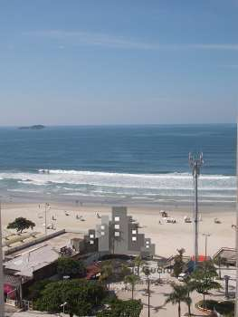 Apartamento na Praia de Pitangueiras