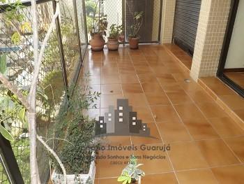 2 dormitórios (suíte) no centro de Guarujá