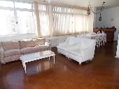 Apartamento em Pitangueiras