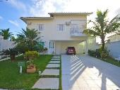 Casa no mais luxuoso condomínio do Guarujá
