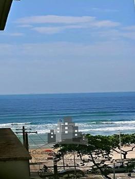3 dormitórios (1 suíte) vista mar