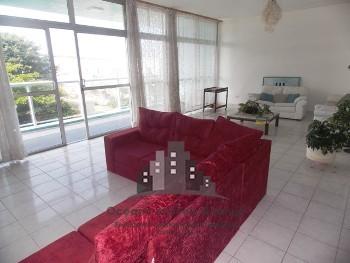 3 dormitórios frente ao mar em Pitangueiras