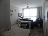 2 dormitórios (1 suíte) no centro de Guarujá