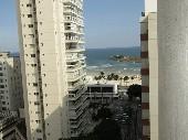 3 dormitórios (1 suite) com vista para o mar
