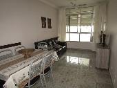 2 dormitórios, no centro de Guarujá