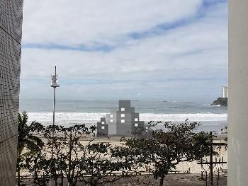 Maravilhoso imóvel frente ao mar
