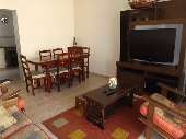 4 Dormitorios (1 suíte)  em Guarujá