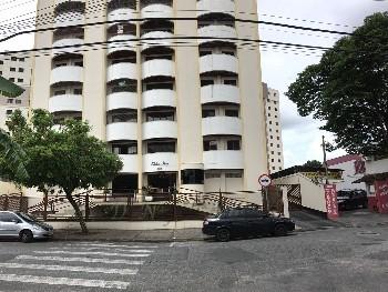 Lindo apartamento no centro de Taubaté.