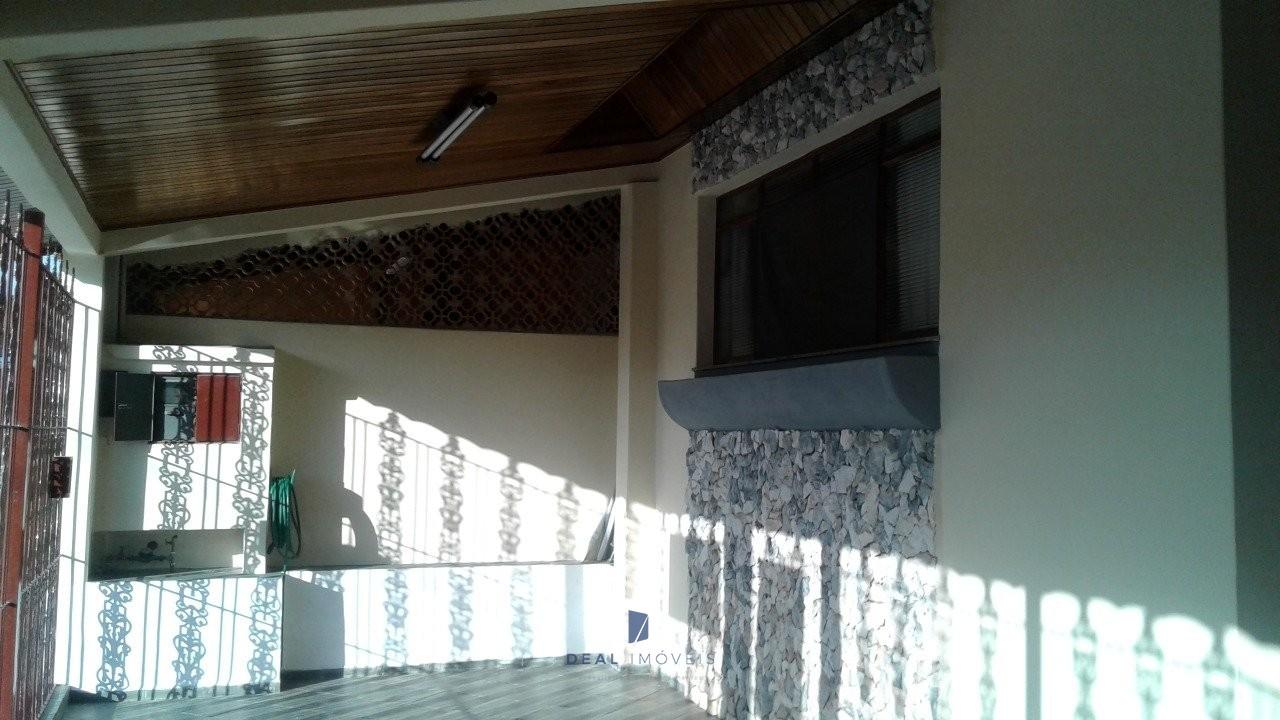 Casa térrea 3 dormitórios Jd Nova Ipanema Sorocaba