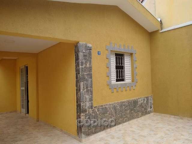 Casa T�rrea, 3 Dorms na Vila Augusta!