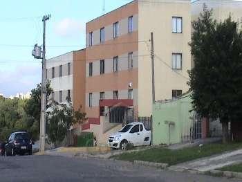 Apartamento com 02 quartos no Campo Comprido