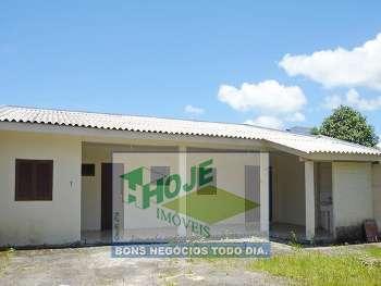 CASA � 01 QUADRA DO MAR - F:(41) 3457-5484
