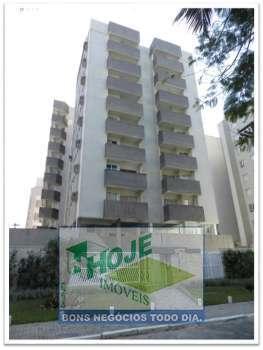Apartamento com 03 Quartos (41) 3452-2489