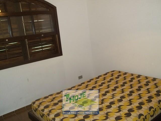 Dormitório 008