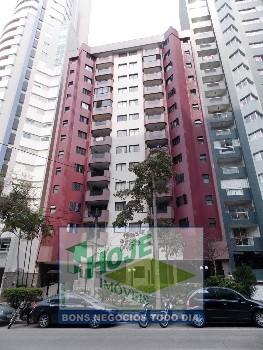 Apartamento no Água Verde. Face Norte. 3 quartos