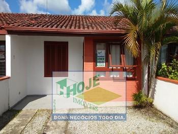Casa em Praia de Leste. 02 Quartos (41) 3458-2321