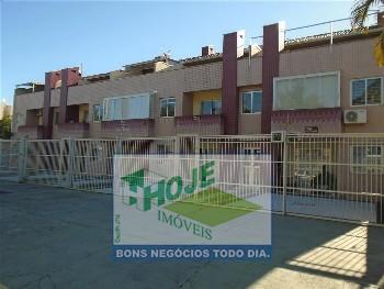Ótimo apartamento 02 dormitórios, 3 quadras do Mar