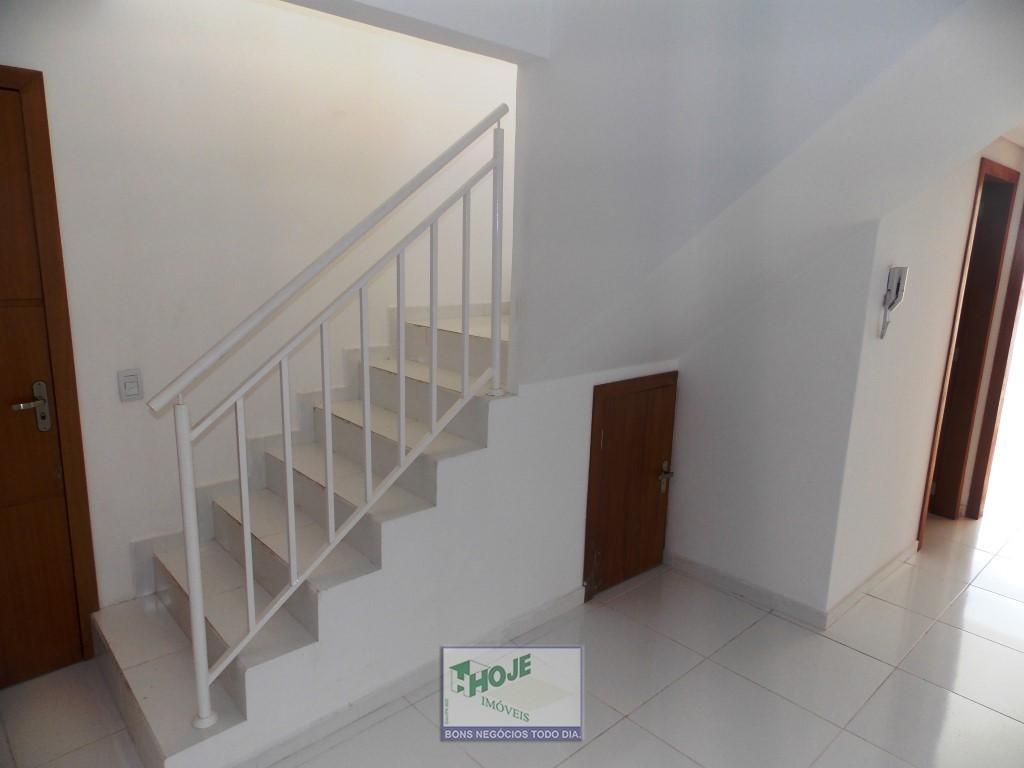 12 - Escadas de Acesso